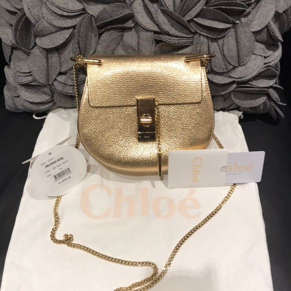 e31e5078fc Chloe Golden Metallic Drew Shoulder Mini Bag